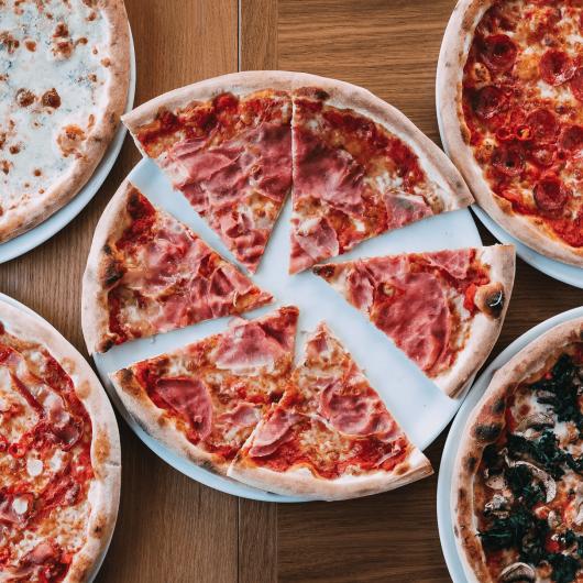 pizza bakarta